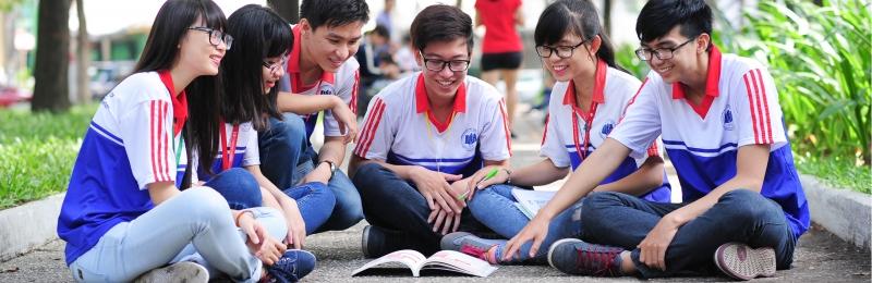 Sinh viên Kinh tế Luật thân thiện hòa đồng