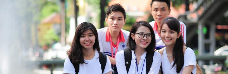 Sinh viên Kinh tế hòa đồng trong môi trường hội nhập