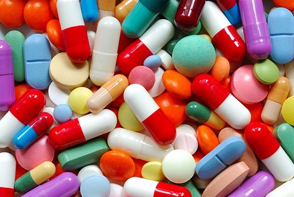 Trong y học cortisol được xem như là thành phần gây ra loãng xương cao nhất. Một số đơn thuốc điều trị một số bệnh sẽ có cortisol, điều này cực kỳ có hại cho xương khi bạn sử dụng thuốc trong thời gian dài