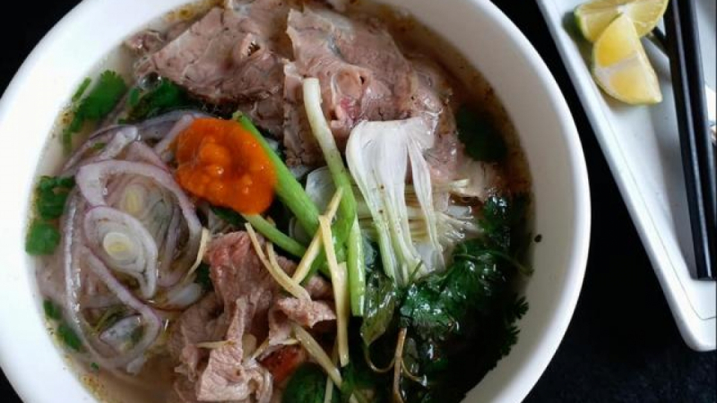 Thắng Phở