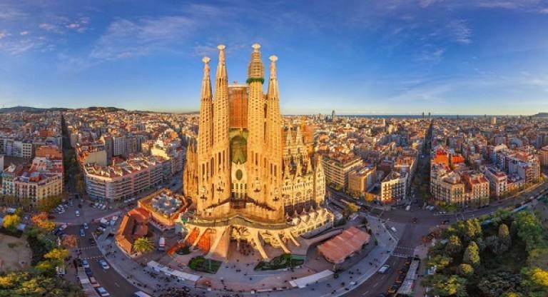 Thánh đường Sagrada Familia - Barcelona, Tây Ban Nha