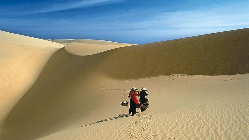 Cồn cát - Đặc trưng của Bình Thuận.