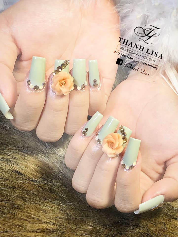 Thanh Lisa Nail Design & Acamedy