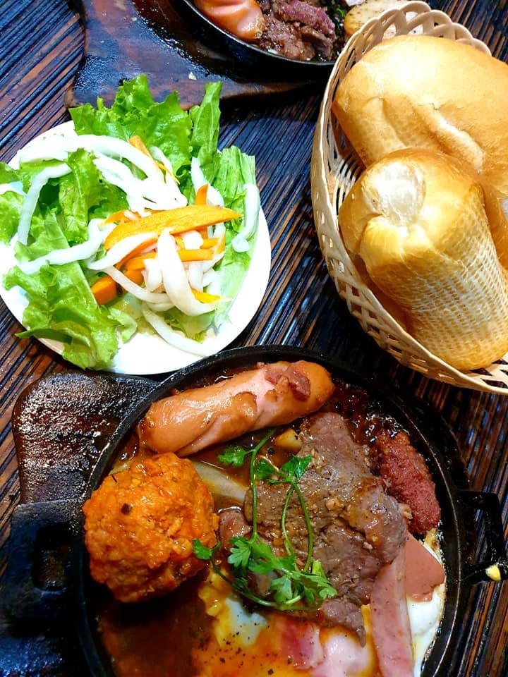 Thanh Loan - Bánh Mì Chảo & Cơm Văn Phòng