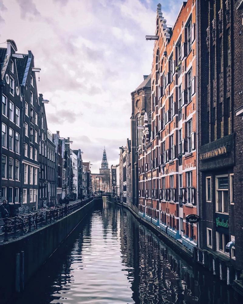 Thành phố có kênh rạch chằng chịt