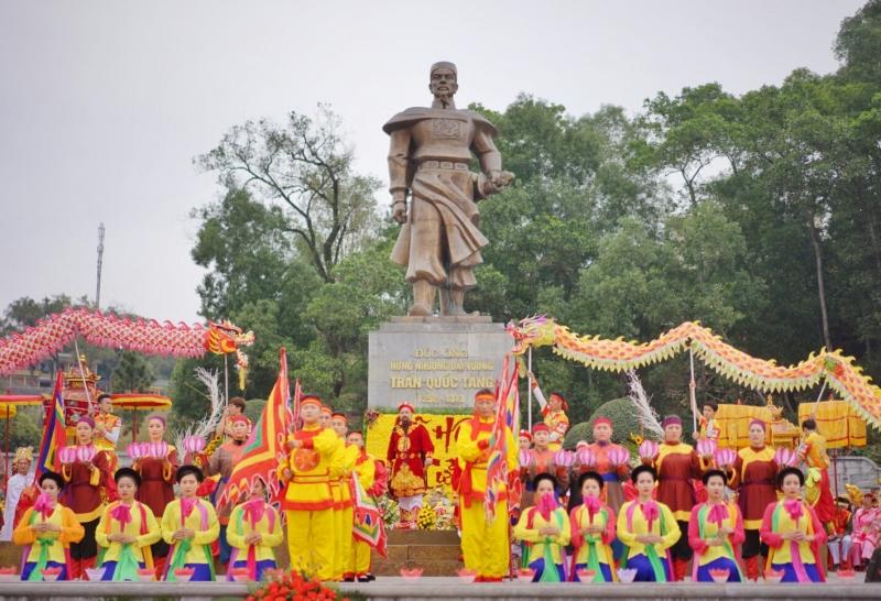 Lễ hội đền Cửa Ông - Cẩm Phả