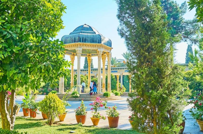 Văn hóa Ba Tư được ảnh hưởng khá lớn từ sách