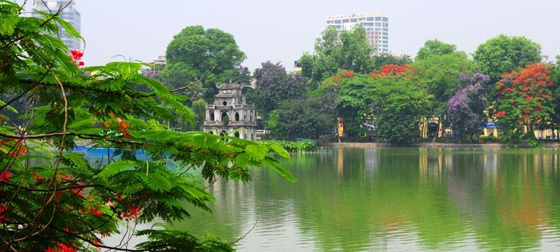 Thành phố Hà Nội với hồ Gươm nét cổ kính của Việt Nam