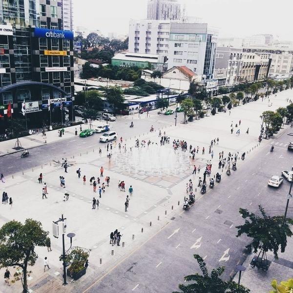 Thiên đường check in của giới trẻ - phố đi bộ Nguyễn Huệ