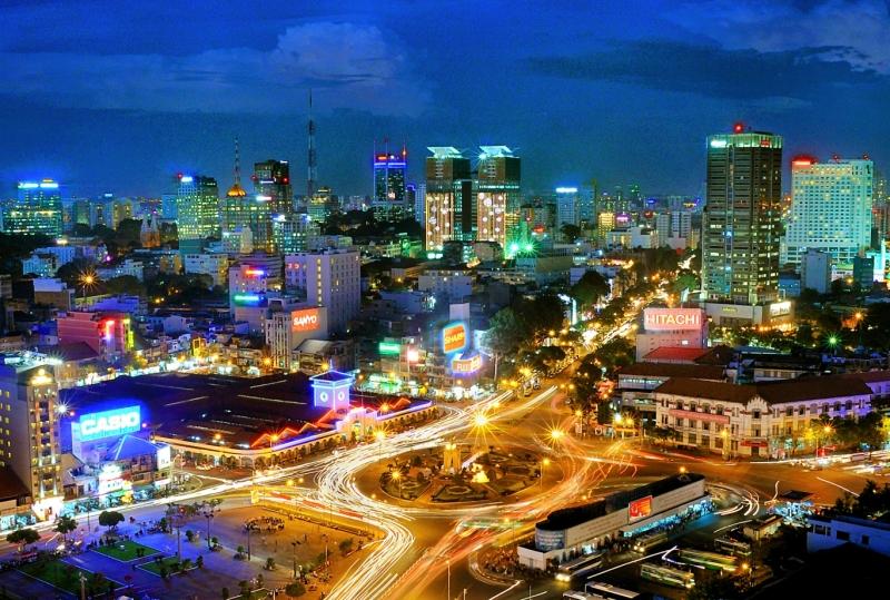 Thành phố Hồ Chí Minh là đầu tàu, mũi nhọn về kinh tế, trọng điểm về kinh tế, giáo dục của đất nước