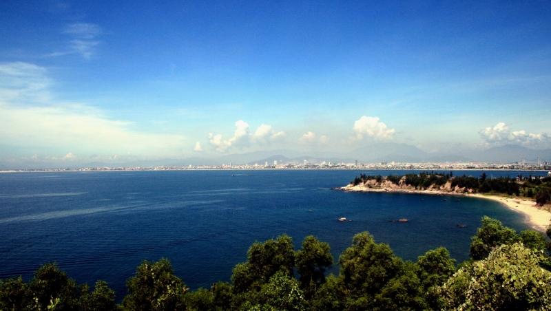 Bãi biển Trà Cổ xinh đẹp