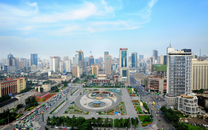 Thành Đô là thành phố tập chung nhiều ngành công nghiệp chủ chốt của đất nước Trung Quốc