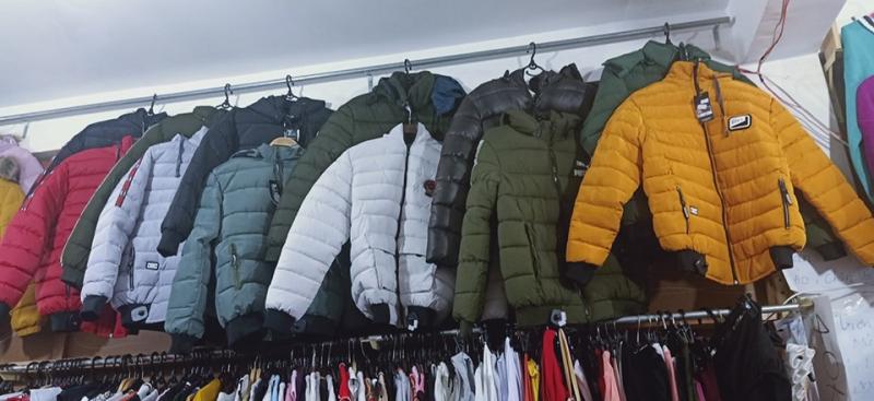 Mùa đông đang đến gần, tại shop có rất nhiều mẫu áo khoác, áo phao mới về