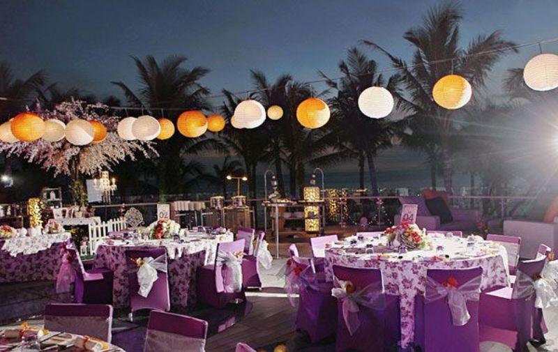 Không gian tiệc cưới ngoài trời tại Thảo Điền Village