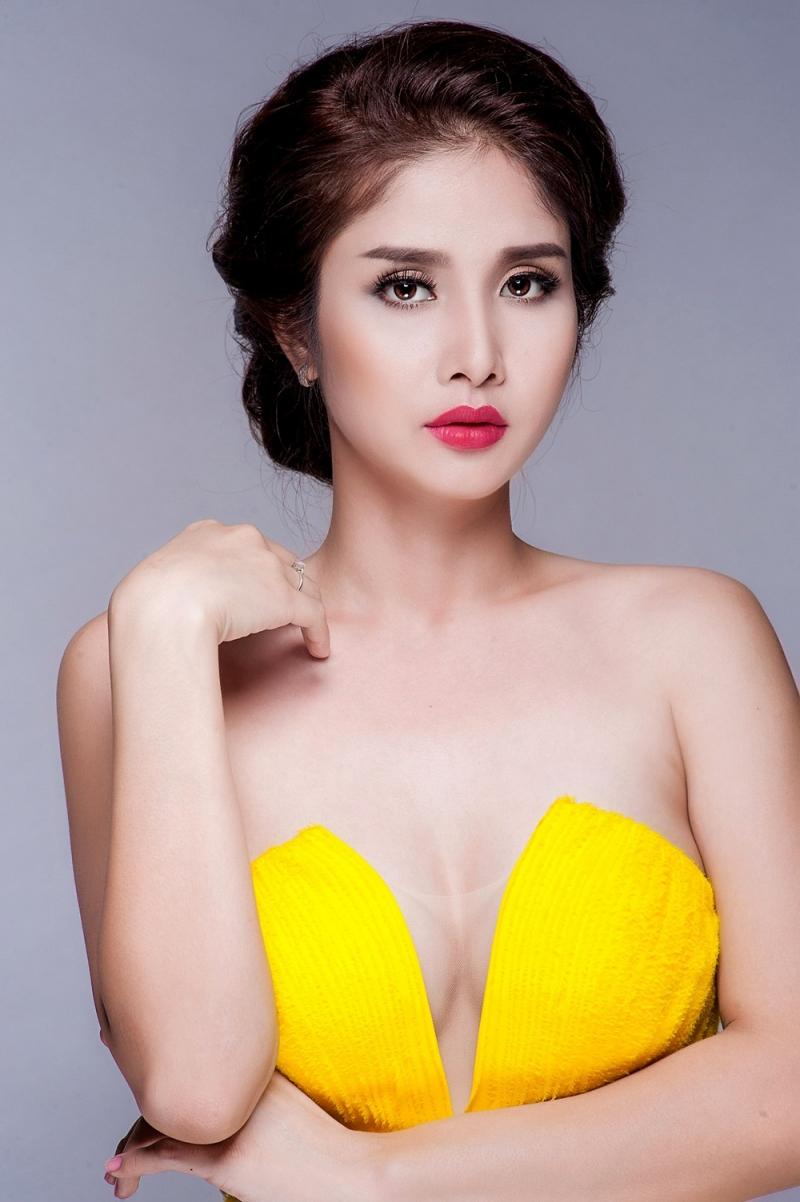 Thảo Trang xuất thân là người mẫu ảnh