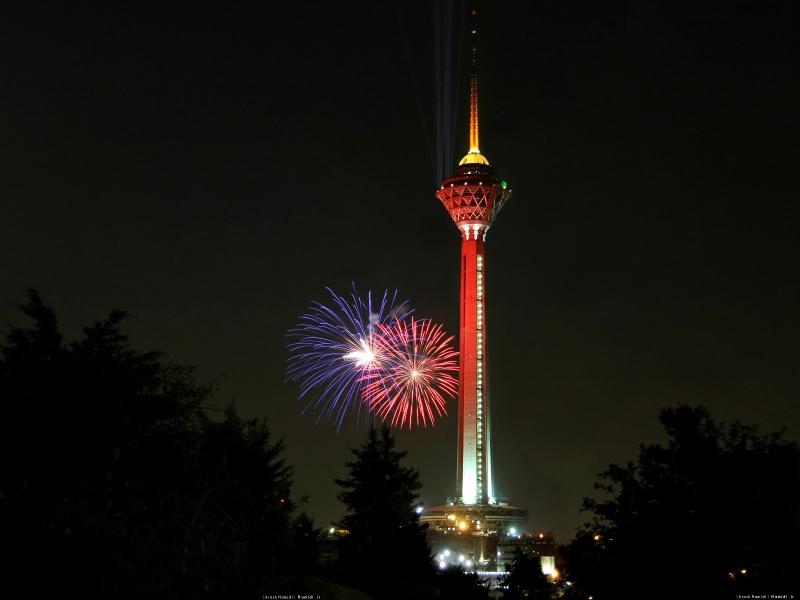 Bạn có thể ngắm toàn bộ cảnh sắc bên ngoài thủ đô Tehran ở đài quan sát nằm ở độ cao 315m