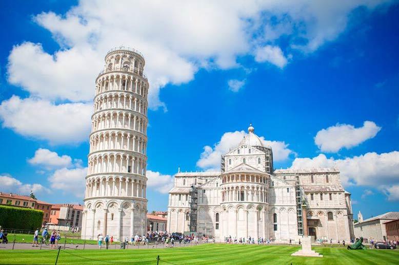 Tháp nghiêng Pisa (Pisa, Ý)