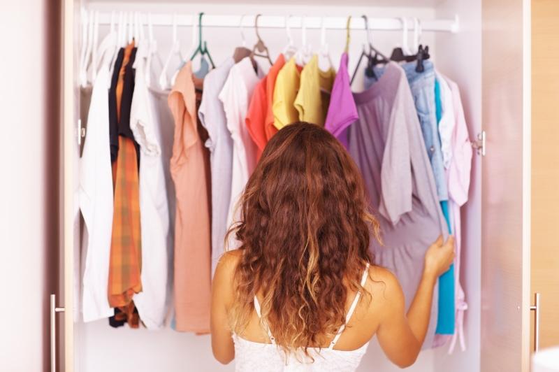 Thay đổi quần áo liên tục trong một ngày