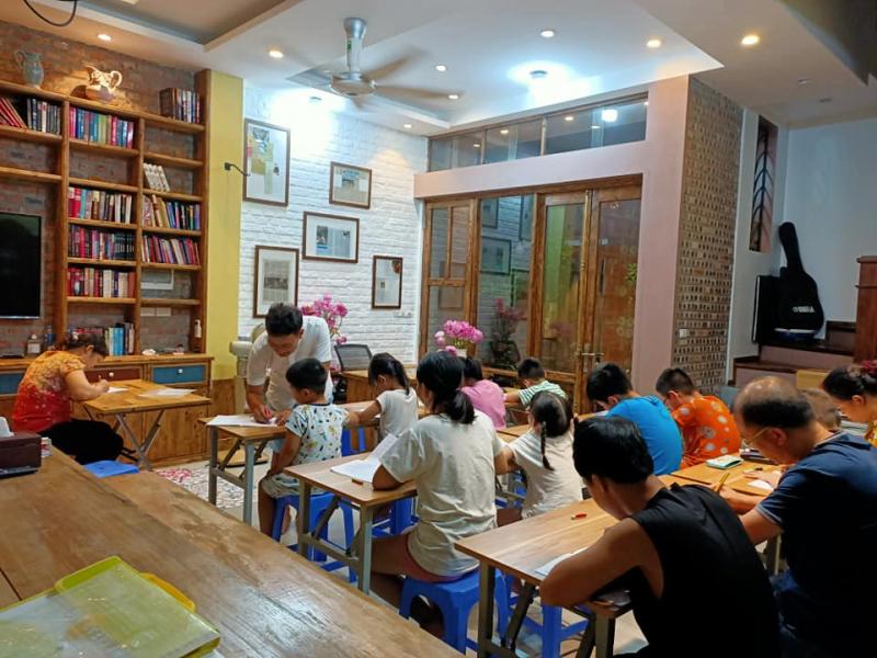 Lớp luyện chữ đẹp của thầy Dương Thanh Tuấn