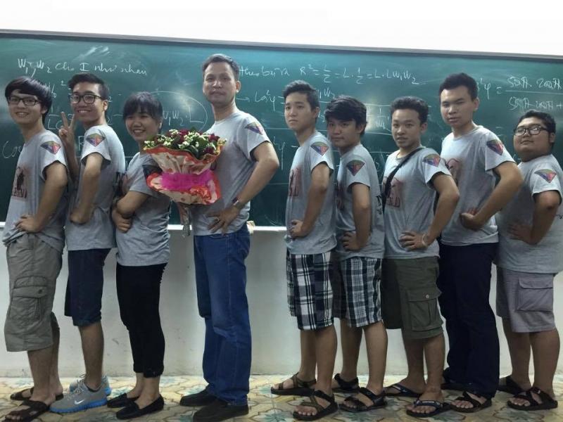 Thầy Dương Văn Cẩn