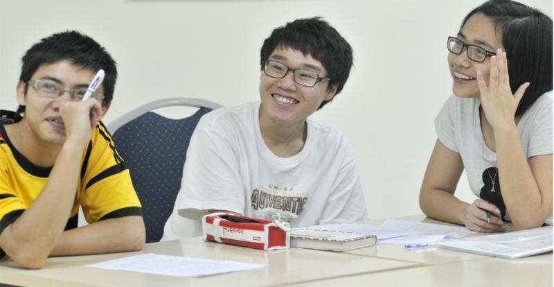 Các học viên tại lớp của thầy Hòa