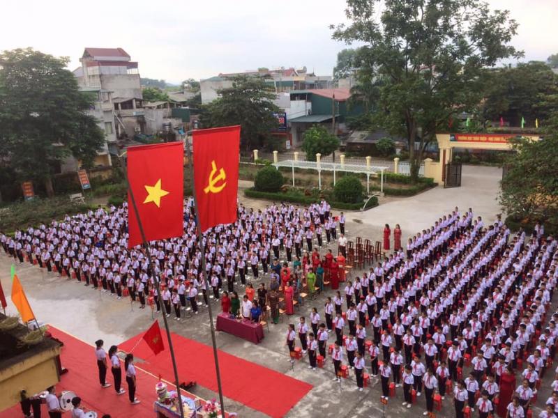 Lễ khai giảng năm học của Thầy và trò nhà trường
