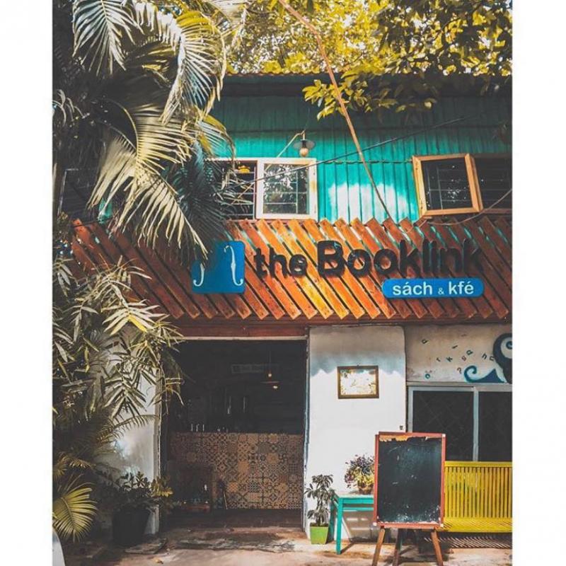 The Booklink Café