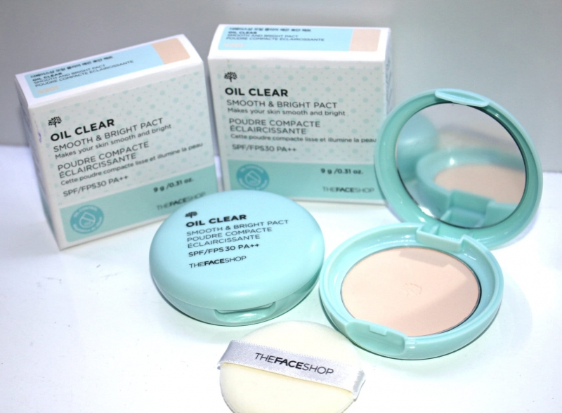 TFS Oil Clear Blotting Pact