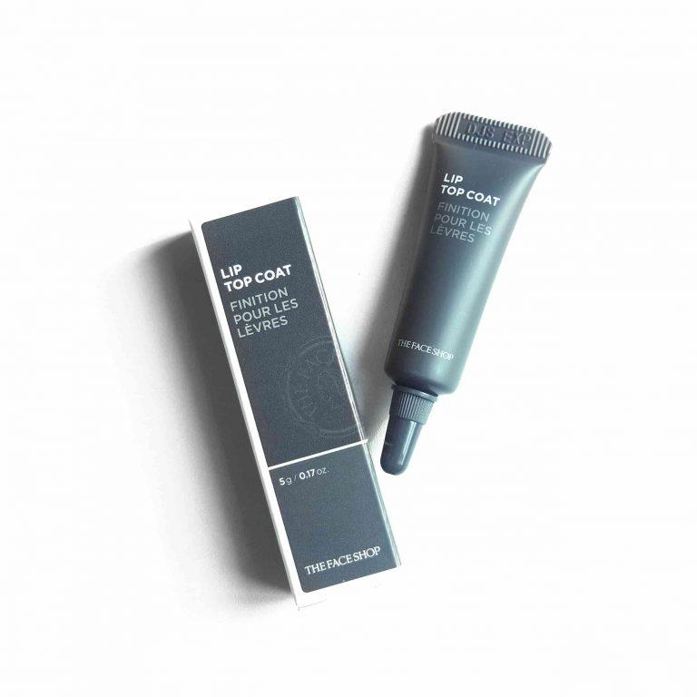 The Face Shop cũng góp mặt trong bài viết này cùng sản phẩm gel khoá màu son cao cấp có tên The Face Shop Lip Top Coat