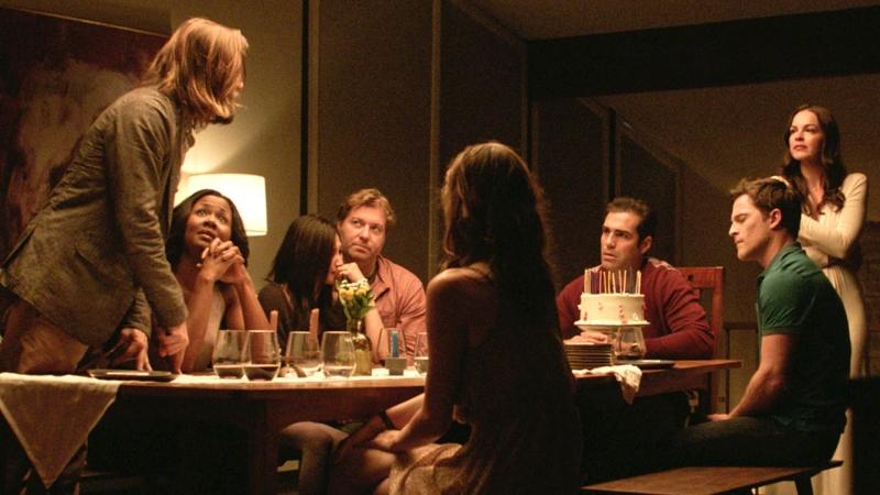 Hình ảnh bữa tiệc trong The Invitation