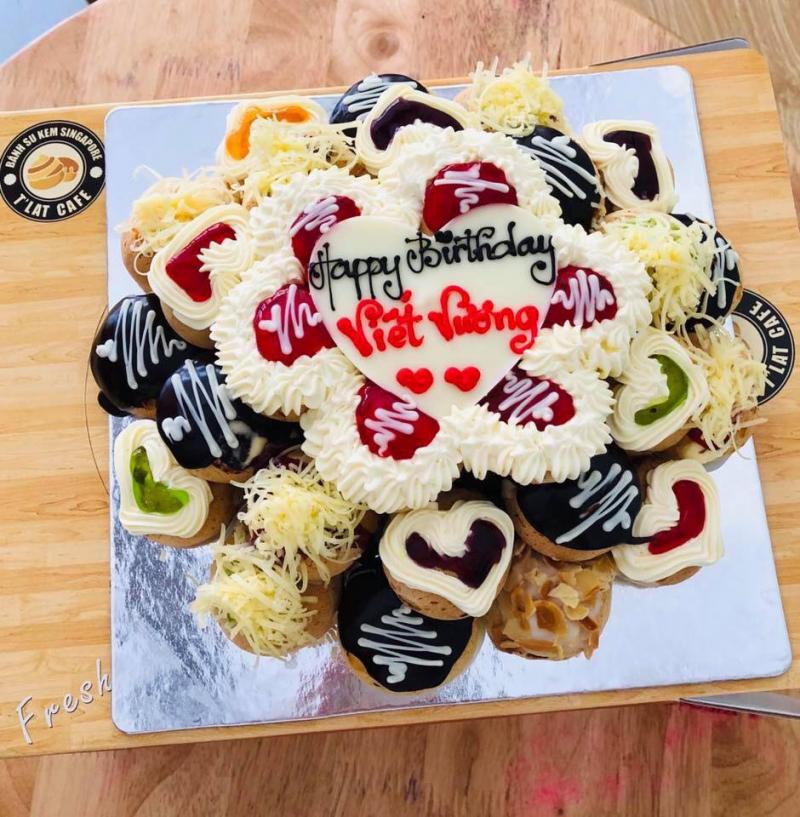 Bánh sinh nhật từ su kem của The K house