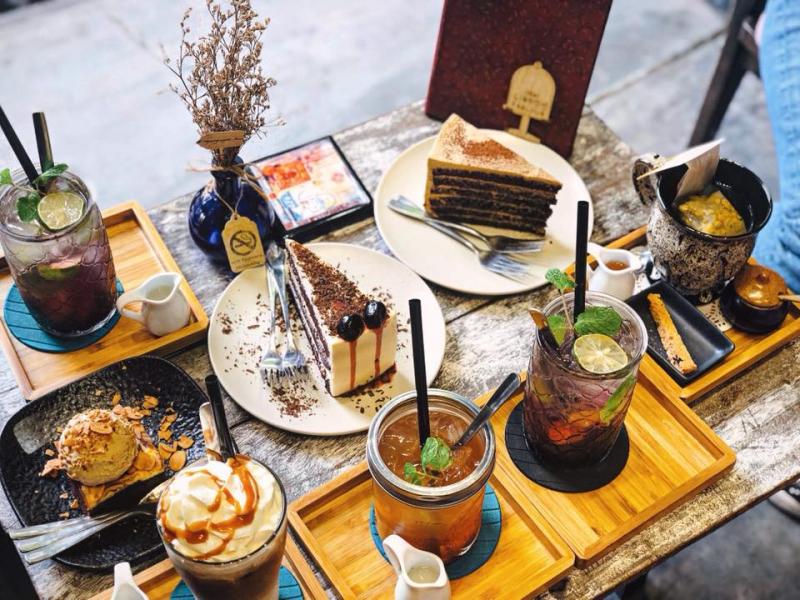 Đến Lissom Parlour  để thưởng thức bánh ngọt cùng trà thơm ngày Tết nhé