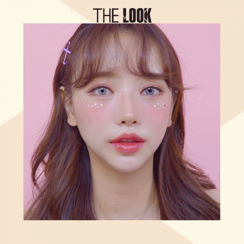 The Look Contact Lens