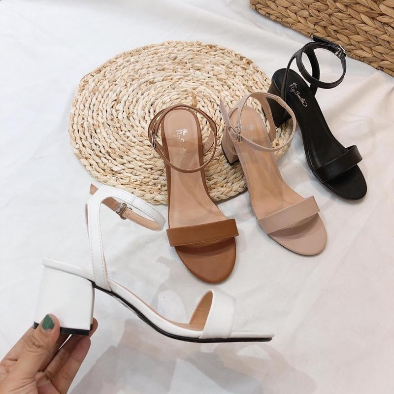 The Nysmile nổi tiếng bởi những mẫu giày đẹp xinh