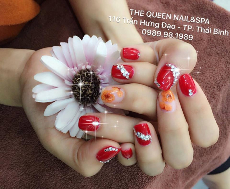 THE QUEEN Nail&Spa