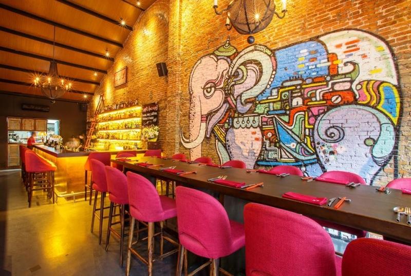 The Racha Room mang đậm phong cách Thái