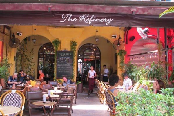 Nhà hàng Pháp The Refinery mang phong cách đậm chất Pháp rất riêng biệt