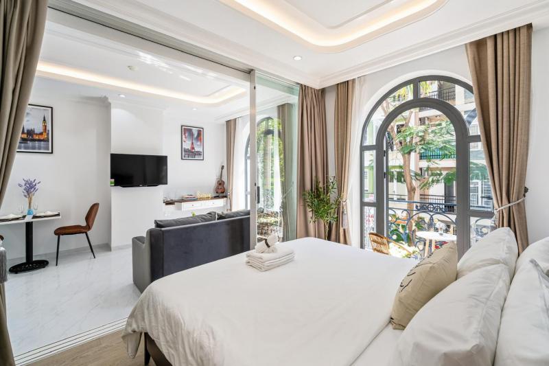 The Royal Hotel & Apartment - Phú Mỹ Hưng