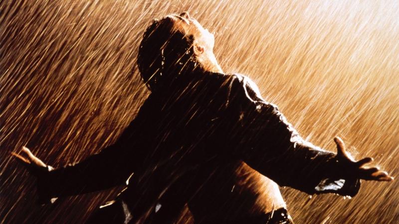 Cảnh quay ấn tượng trong The Shawshank Redemption