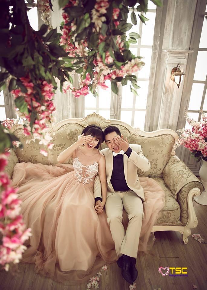Bộ ảnh đáng yêu tại The Vow Wedding House