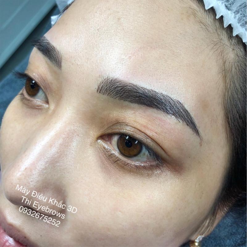 Thi EyesBrows