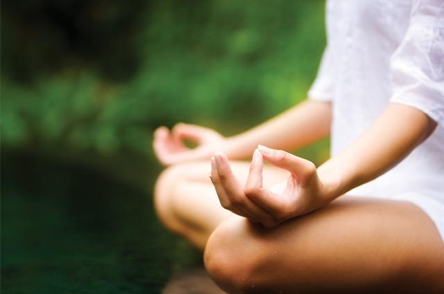 Một trong những nguyên nhân gây tăng cân và làm phai tàn nhanh chóng sắc đẹp của phái nữ chính là: Stress.