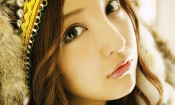 Nữ Thiên Bình rất quyến rũ, thanh tao, lộng lẫy, ánh mắt sắc sảo, không ngây thơ như vẻ bề ngoài.
