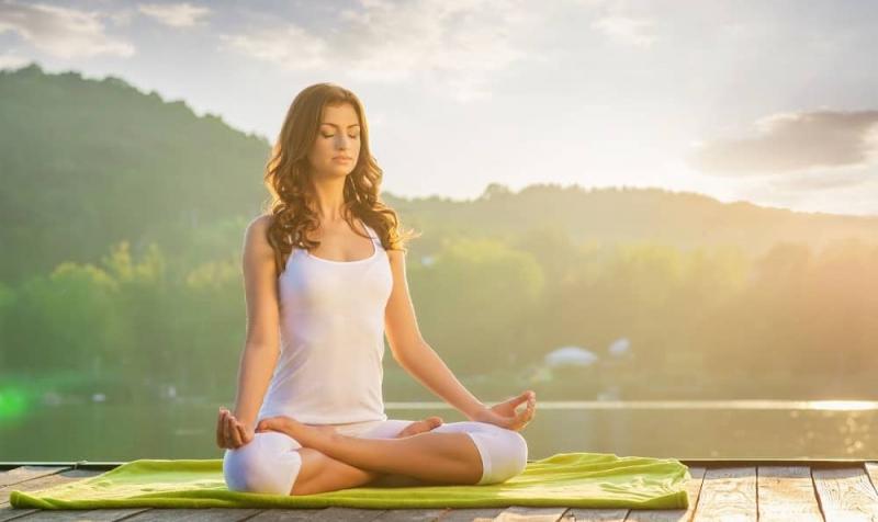 Thiền định và kiểm soát căng thẳng góp phần làm hệ tiêu hóa của bạn hoạt động trơn tru, tránh tích trữ mỡ thừa