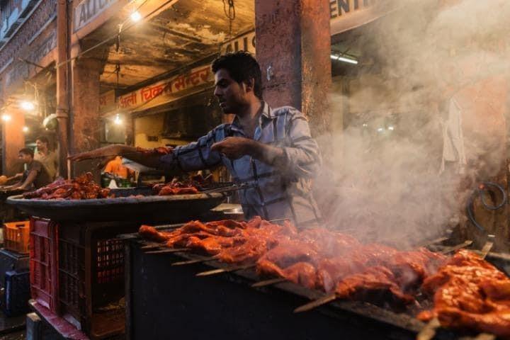 Các món nướng chính là điểm nhấn tại thiên đường ẩm thực Jaipur, Ấn Độ