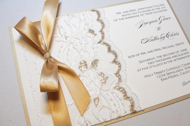 Thiệp cưới khắc chữ mang phong cách sang trọng