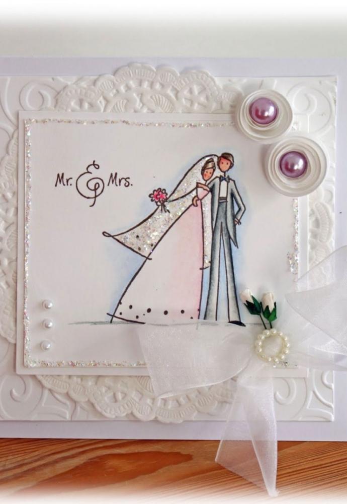 Thiệp in hình cô dâu chú rể ngộ nghĩnh