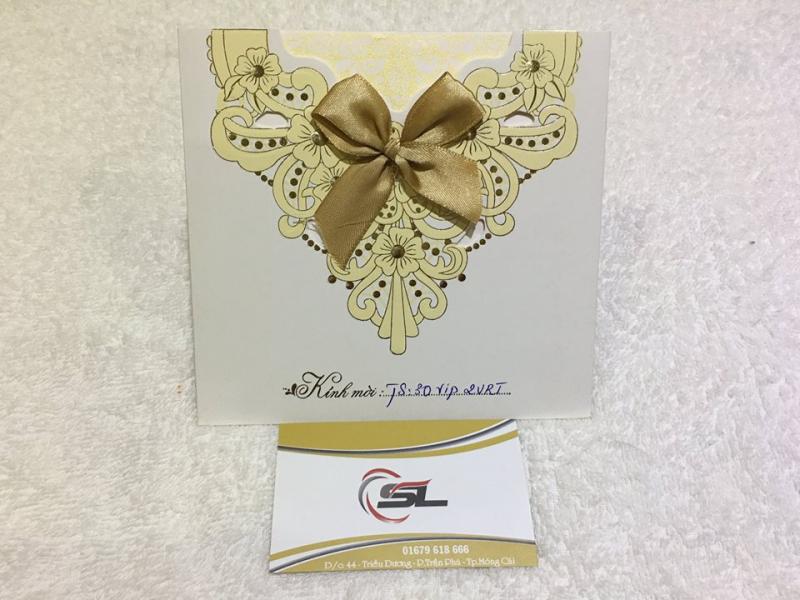 Thiệp Cưới Sweet Love cam kết giá in thiệp cưới trực tiếp tại xưởng không thông qua trung gian.
