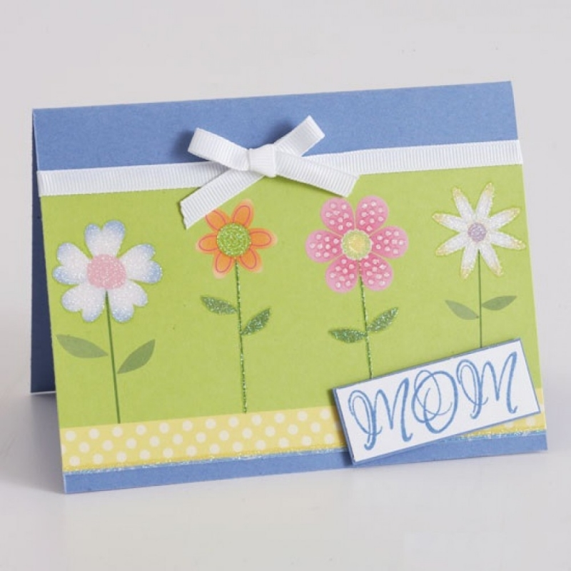 Thiệp handmade là món quà 8/3 ý nghĩa dành tặng mẹ