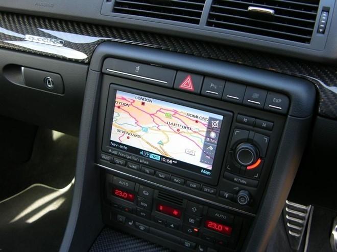 Thiết bị dẫn đường GPS